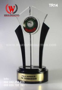 Piala Bergilir TK Terbersih | Bikin Piala Dari Resin