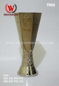 Bikin Piala Custom Untuk Sepak Bola dan Futsal