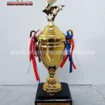 Piala Bergilir Badminton Bahan Logam Kualitas Import