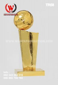 Jual Piala Bergilir Untuk Kejuaraan Basket
